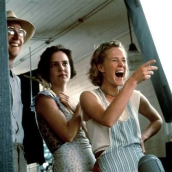 racism in fried green tomatoes essay
